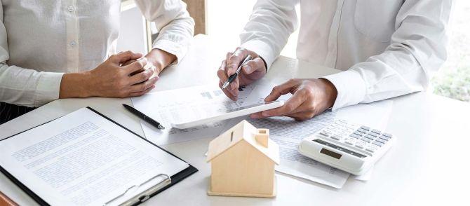 Unterlagen und Beratung für den Immobilienkauf in Magdeburg